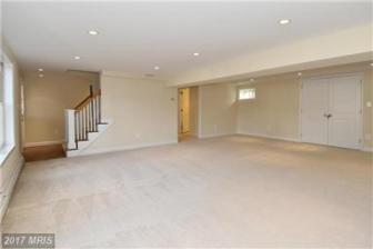 307 Virgina Ave. Large Lower level walk out rec room