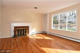 307 Virginia Ave Falls Church. Great firplace!